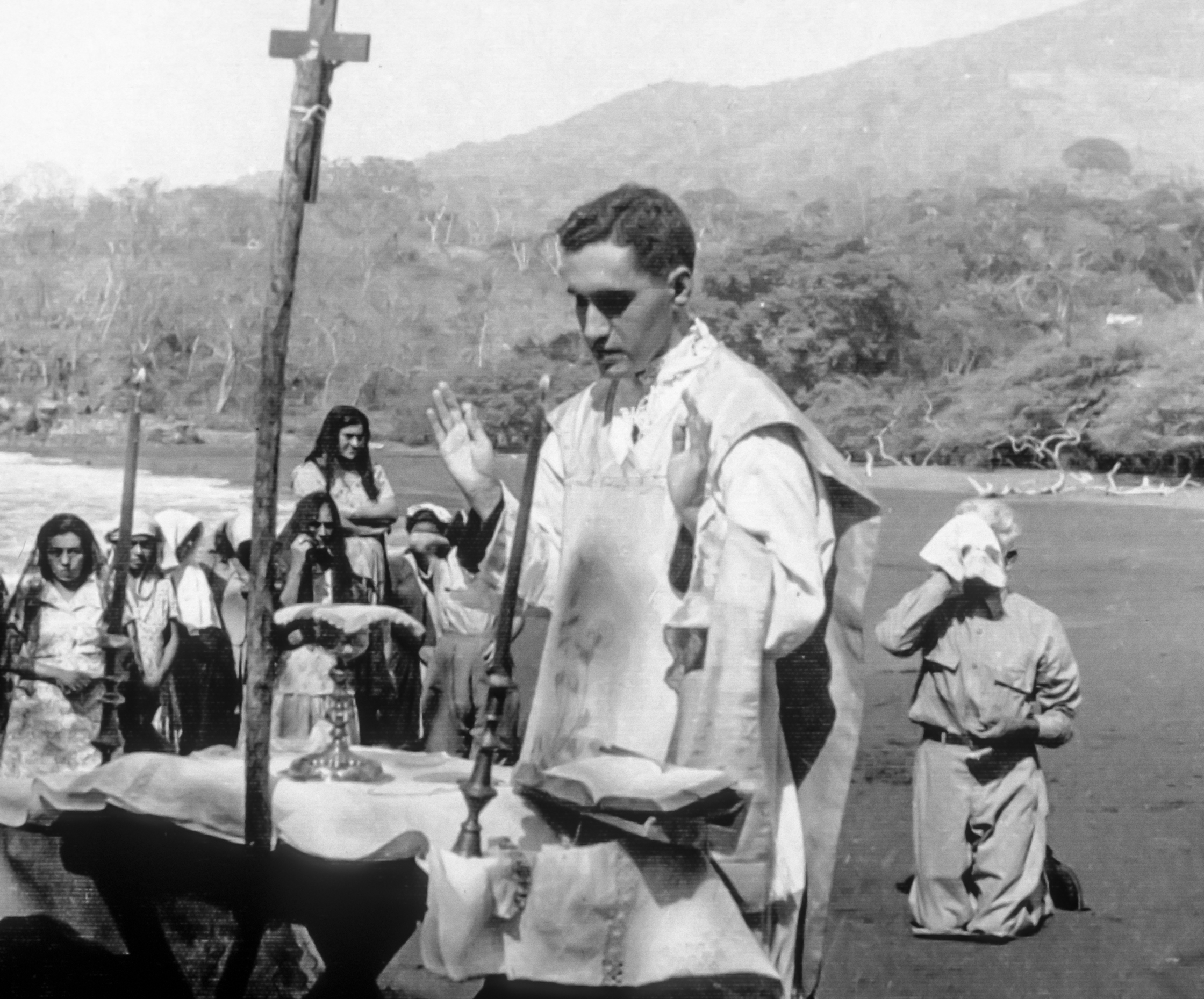 A young Romero celebrating Mass - CAFOD