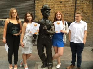 The bloggers with their certificates!