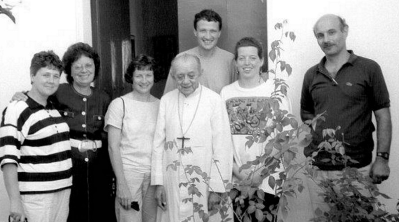 Heather with Dom Hélder Câmera and diocesan colleagues