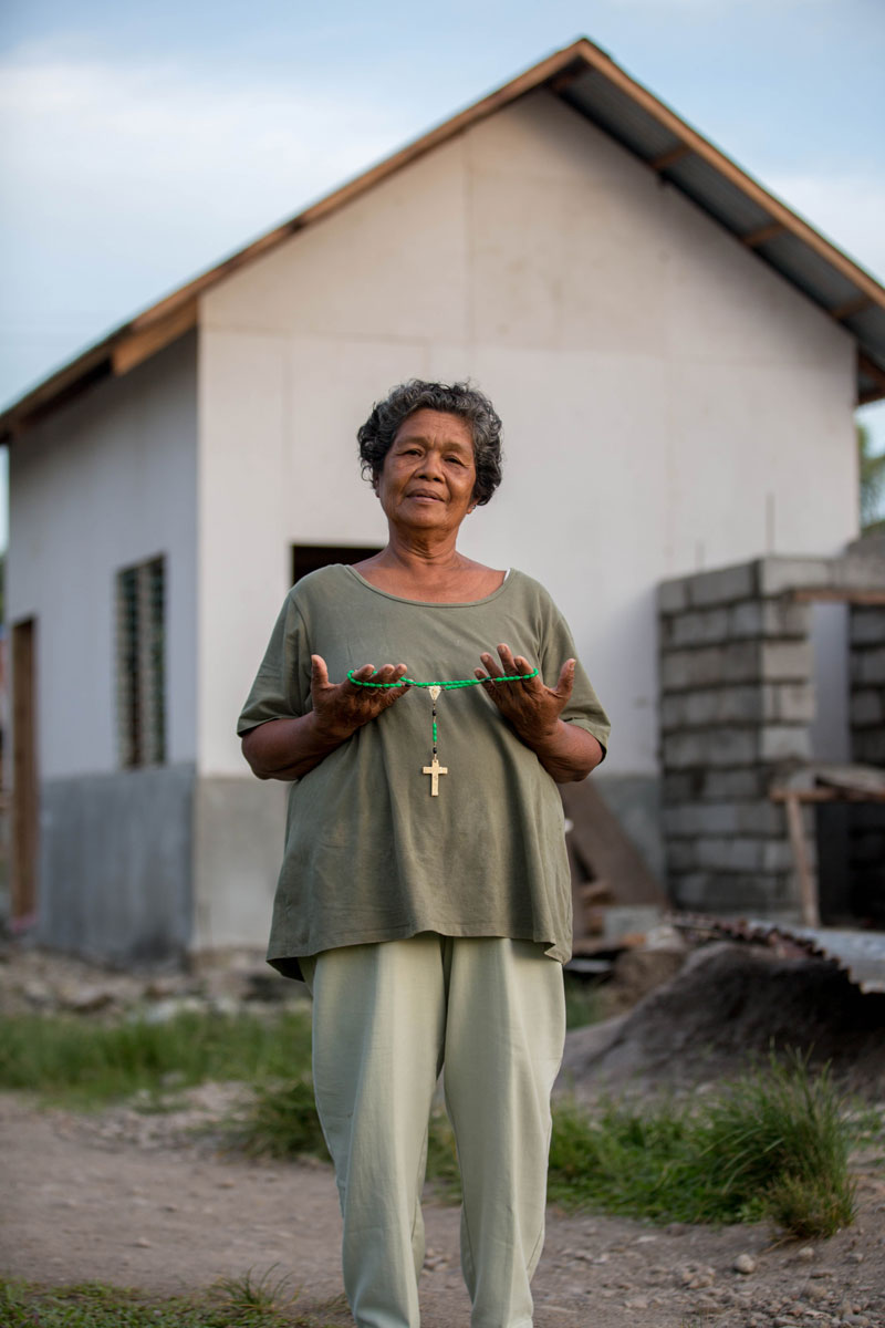 "Corazon: ""I lost my home, my clothes, my kitchenware and all my animals. The only thing I saved was my rosary."""