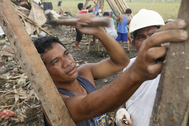 Philippines - rebuilding homes