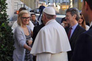 Eleanor Margetts meets Pope Francis