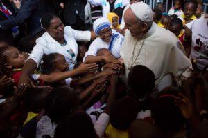 Pope Francis greets children in Nairobi, Kenya