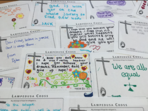 Cards with handwritten messages to show solidarity with refugees.