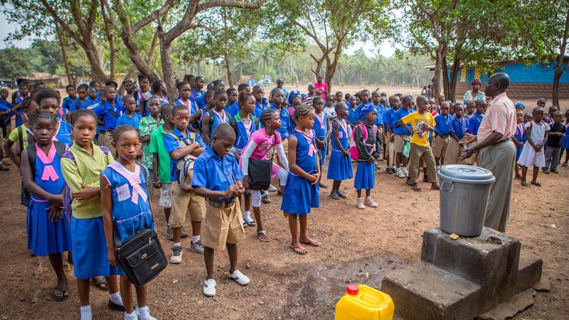 Children in Sierra Leone returning to Primary School