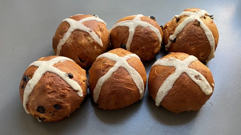 Have some hot cross bun fun this Easter